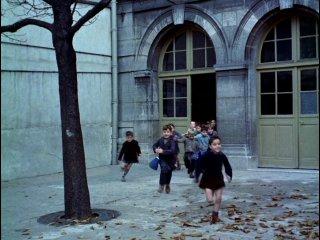 ������� ��� / Le Ballon Rouge. ������� ������� (1956)
